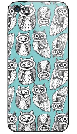 Наклейка на iPhone 5 - Черно-белые рисованые совы
